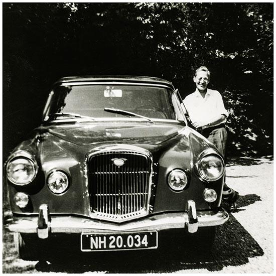 img145 - Arne og hans Wolsley ca 1964 550 2
